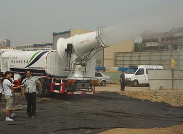 扬尘治理专用车在济南历下区城管使用
